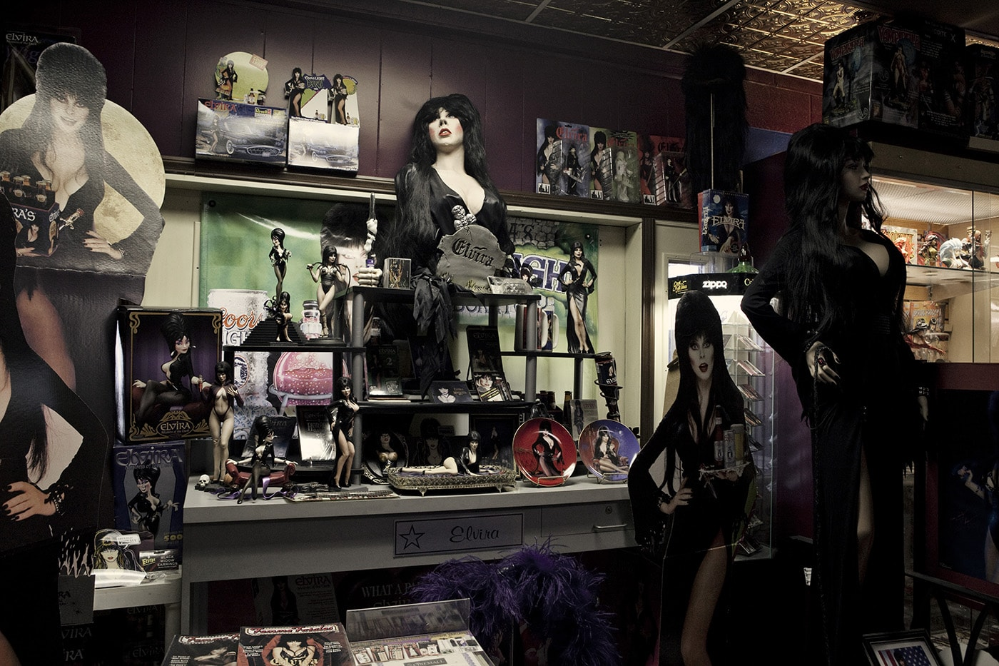 Elvira at Americana Hollywood Museum in Metropolis, Illinois