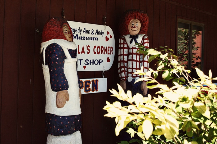 Raggedy Ann & Andy Museum