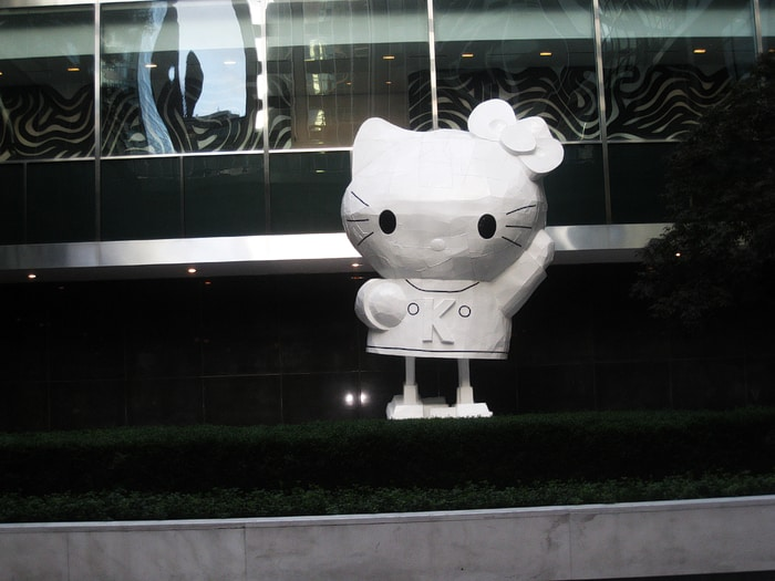 New York Hello Kitty Statues