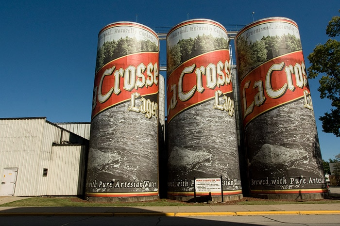🍺 World's Largest Six-Pack of Beer in La Crosse, Wisconsin