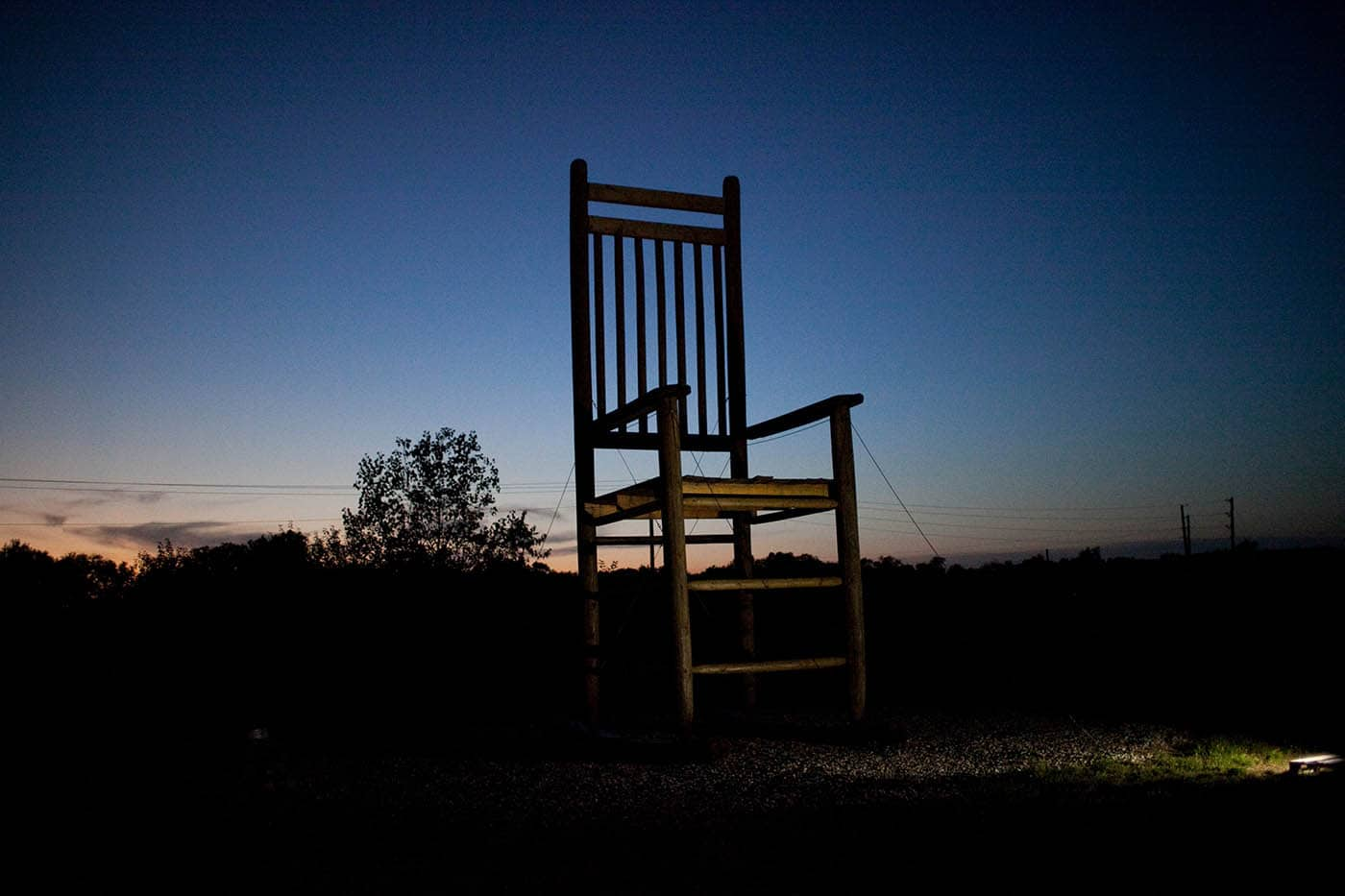 """Long's Furniture World - """"Home of the World's Largest Rocking Chair"""""""